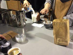 Anthracite COFFEE ROASTERS エントゥロサイト (앤트러사이트 커피 로스터즈)