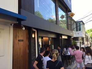 解放村(へバンチョン)のカフェ、オリオール